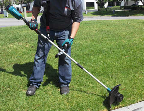 A Guide to Important String Trimmer Features