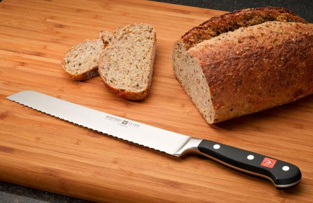 Top 5 Best Bread Knives Every Home Chef Should Own In 2016