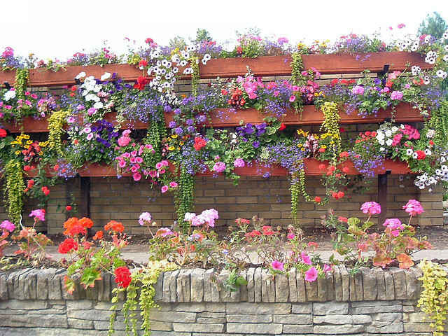 Hanging Flower Bed