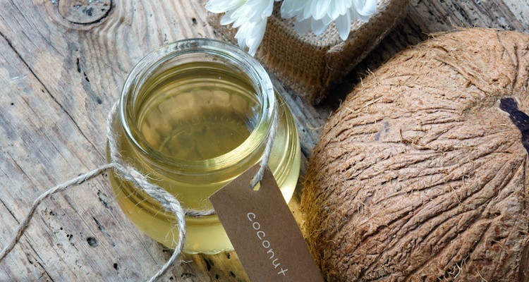 Great Ways To Use Coconut Oil In Your Beauty Routine