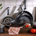 8 Ways To Clean Your Cookware