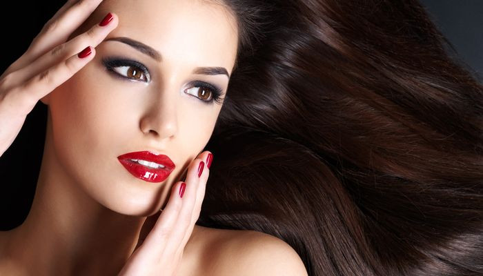 How To Keep Your Hair Healthy And Luscious Without Shampoo