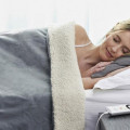 electric blanket use
