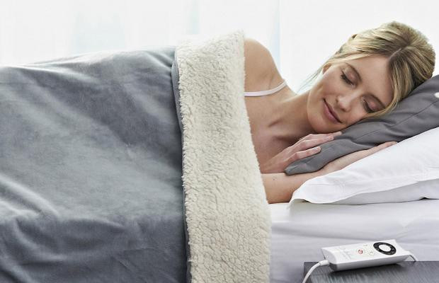 A Quick Reference Guide to Buy the Best Electric Blanket