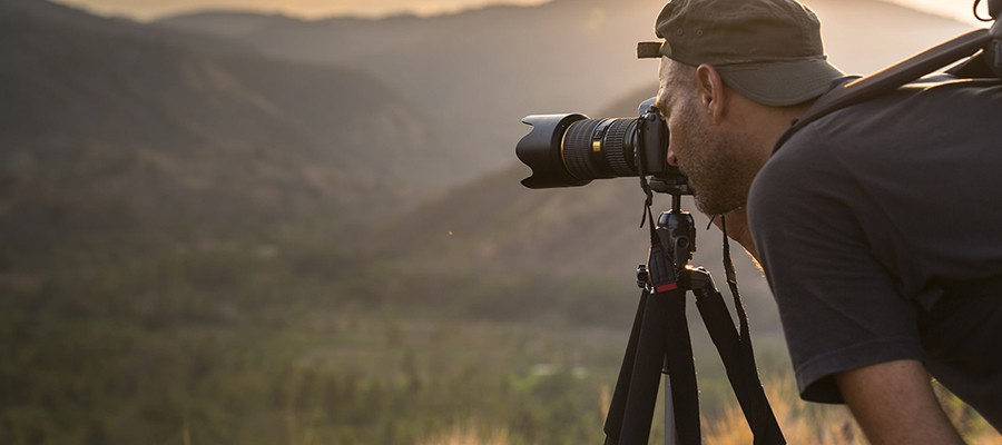 Best Travel Tripod – The Lightweight Tripods for Photographers